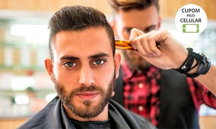 Corte de cabelo masculino (opção com barba) no Barbarella Cortes e Bebes – Centro
