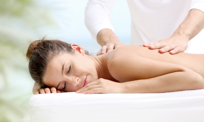 Heavenly Massage - Multiple Locations: $60 for a 90-Minute Deep-Tissue or Swedish Massage with Aromatherapy at Heavenly Massage ($120 Value)