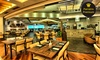 Restaurante Mediterrâneo - Shopping Barigui - Vários Locais: Almoço, jantar ou brunch para 1 ou 2 pessoas no Restaurante Mediterrâneo – Barigui e Crystal