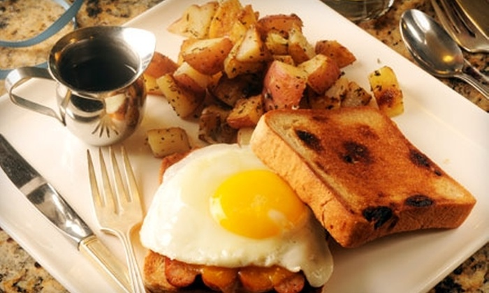 Bakin' & Eggs - Chicago: $7 for $15 Worth of Classic Breakfast and Lunch Fare at Bakin' & Eggs