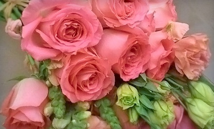 90-Minute Expert-Led Flower-Arranging Class (a $200 value) - Studio Sweet Pea in Manhattan