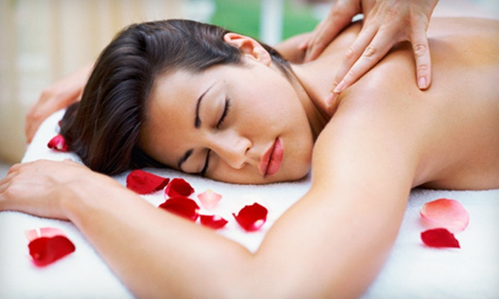 Body Rituals Boutique Spa - Near North Side: $90 for a Massage Package with Lava-Shell Treatment and Seaweed Mask at Body Rituals Boutique Spa ($190 Value)