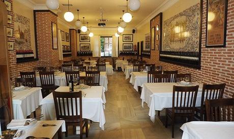 Menú para 2 o 4 personas con entrante, parrillada, postre y bebida desde 29,99 € en La Parrilla de Juan Adán
