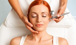 Farmacie Dr. Gava e FarmaChl: 3 trattamenti ossigeno viso e capelli e check up con dermatoscopio alla FarmaChl (sconto fino a 83%). Valido in  3 sedi