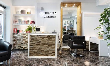 Sesión de peluquería con corte y opción a tinte y/o mechas esde 12,95 € en Alejandra Hair & Stylo