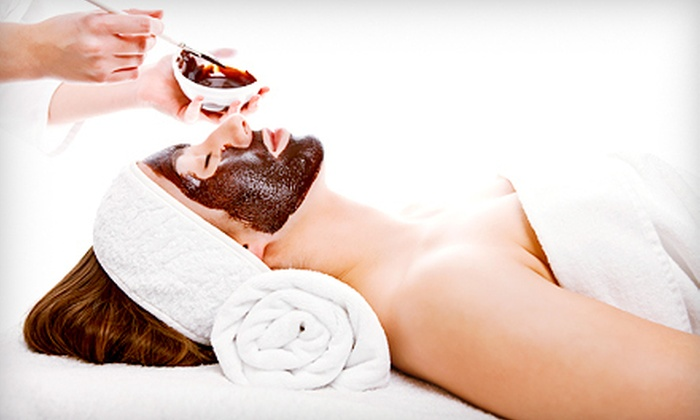 Uska's Salon & Spa - Dellee Park: Rejuvenating or Organic Mud Facial with Optional Hand Massage or Hand Massage with Paraffin Treatment at Uska's Salon & Spa (Up to 55% Off)e
