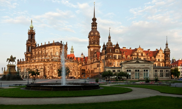 hotel 4 dresden an der frauenkirche a dresden sn groupon getaways. Black Bedroom Furniture Sets. Home Design Ideas