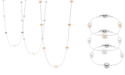 Parure de la marque The Gemseller ornée de perles de culture