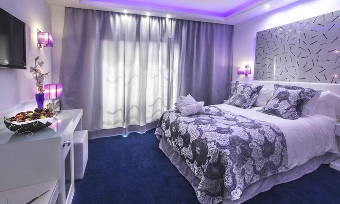 h tel diana parc 5 en arinsal groupon getaways. Black Bedroom Furniture Sets. Home Design Ideas