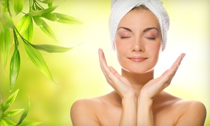 Jo's Spa & Salon - Paradise: $30 for a Manicure and Pedicure or $40 for a Facial and Massage from Jo's Spa & Salon