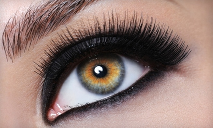 LuxeBeautiQue Beauty Bar, Cosmetics & Spa - Swampscott: $99 for a Full Set of Faux Mink Eyelashes at LuxeBeautiQue Beauty Bar, Cosmetics & Spa in Swampscott ($250 Value)