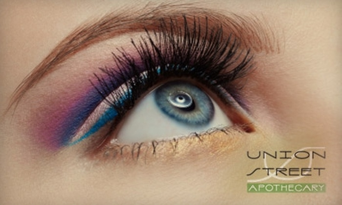 Union Street Apothecary - Nob Hill: $13 for an Expert Eyebrow Shaping at Union Street Apothecary ($30 Value)