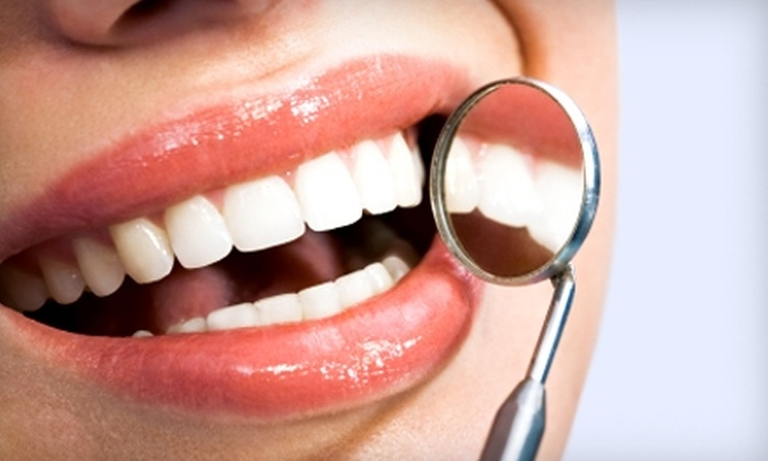 Pearl District Dentistry - Central Park: $79 for Custom Bleaching Trays and a Three-Week Supply of Professional-Strength Whitening Gel at Pearl District Dentistry ($350 Value)