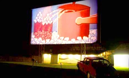 Hathaway's Drive-In Theatre - Hathaway's Drive-In Theatre in North Hoosick