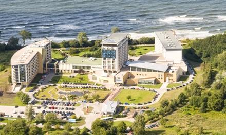 Wakacje w Kołobrzegu: 1-7 nocy dla 2 osób z wyżywieniem i wejściem do groty solnej w Arka Medical Spa 4*