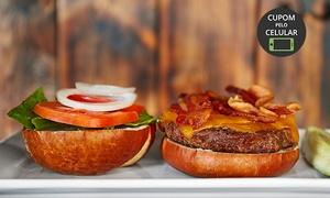 Raga Lanches: Raga Lanches - Betim: hambúrguer no prato + refrigerante para 1 ou 2 pessoas