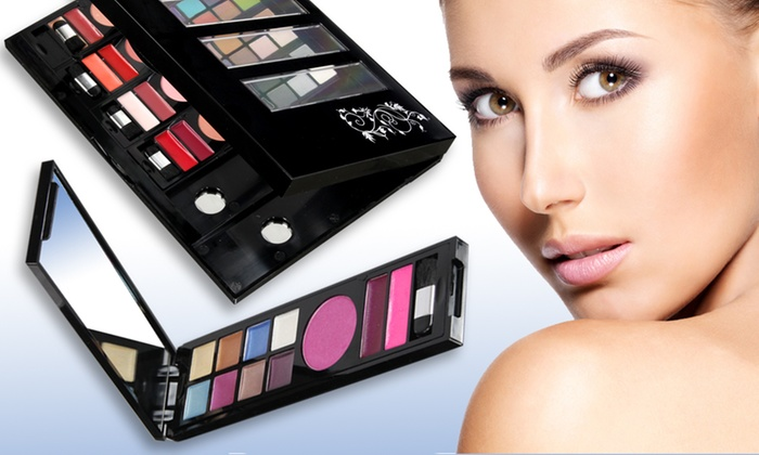 Set Make-Up Five Styles To Go