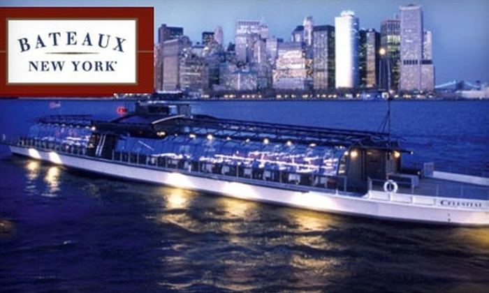 Bateaux New York - Chelsea: Dinner Cruise from Bateaux New York (Up to $174.10 Value). Choose from Two Options.