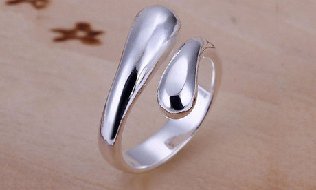 Tear Drop Ring in Sterling Silver