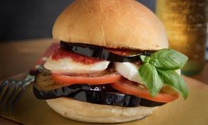 Pasta Street: Menu completo di carne a scelta tra burger, hot dog o tagliata e vino da Pasta Street Piazza Meridiana (sconto fino 58%)