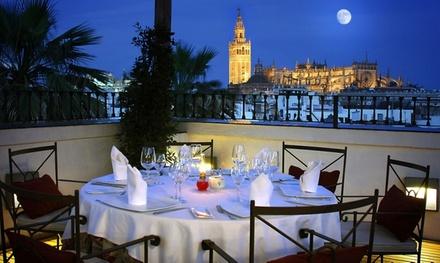 Menú romántico para 2 o 4 con aperitivo, entrante, principal, postre y bebida desde 49,95 € en el Mirador de Sevilla