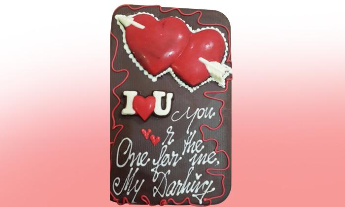 Valentine Special - Chocolate Hampers, Chocolate Taj Mahal & MORE ...