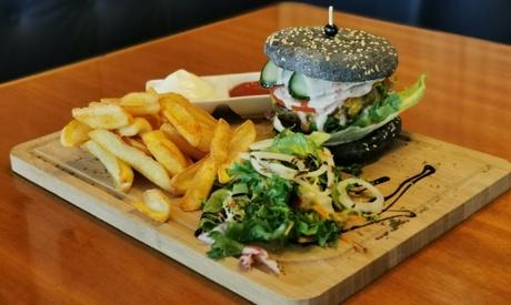 Exklusives Burger-Menü mit Dessert für 2 oder 4 Personen im Restaurant im Düsseldorfer Yachtclub