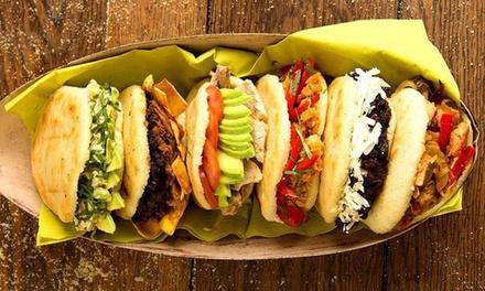 Menú de arepa o menú colombiano para 2 o 4 con entrante, principal, postre y bebida desde 7,99 € en Mi Tierra Latina
