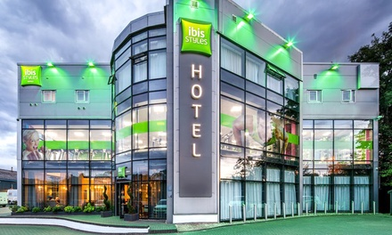 Birmingham: Double Room for Two with Breakfast and TwoCourse Dinner at Ibis Styles Birmingham Oldbury
