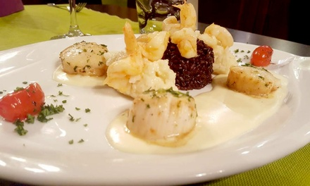 Menu avec amuse-bouche, entrée, plat et dessert parmi une sélection pour 2 personnes à 59 € à l'Auberge du Relais