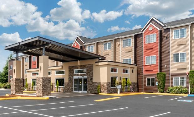 Convenient Hotel Near Puget Sound