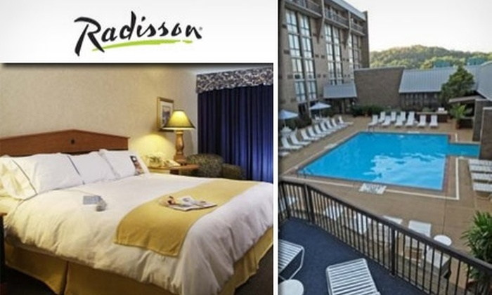 Radisson Hotel - Green Tree: $89 for a One-Night Stay at the Radisson Hotel Pittsburgh (Up to a $199 Value)