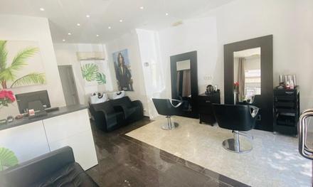 Sesión de peluquería para 1 persona con opción a tinte y/o mechas en Touché Estilistas