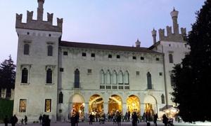 """Castello di Thiene: """"Tempo di Natale"""" al Castello di Thiene, 12 e 13 novembre, ingresso alla mostra-mercato, vin brulé e dolce (sconto 51%)"""