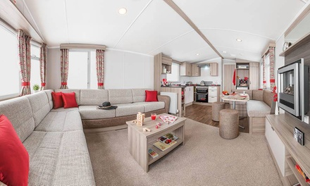 Scottish Borders: 3 or 4Night Caravan Stay For Up To Six at Coldingham Bay Leisure Park