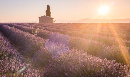Provence : 1 à 3, 5 ou 7 nuits pour 2 ou 4 pers en studio ou appartement avec petit déjeuner au Kyriad Résidence Cabries