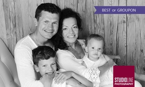 Studioline: 90 Min. Family/Kids-Fotoshooting + Make-up u. Bildern als Datei u. Abzug bei STUDIOLINE PHOTOGRAPHY (bis zu 73% sparen*)