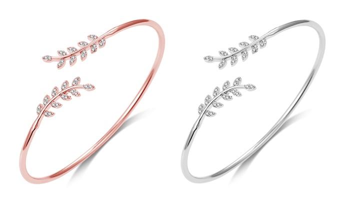 Groupon Goods Global GmbH: 1 ou 2 bracelets ajustables à feuilles de la marque Philip Jones ornés de cristaux Swarovski®