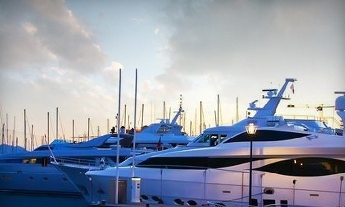 Toronto Yacht Rentals - Downtown Toronto: $149 for a Two-Hour Harbour Tour for Two from Toronto Yacht Rentals ($339 Value)