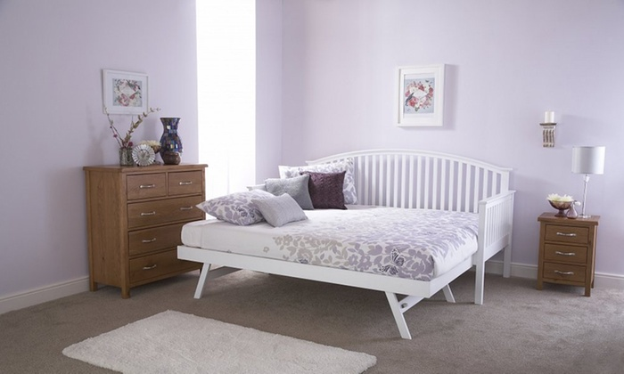 wooden-day-beds-or-trundles
