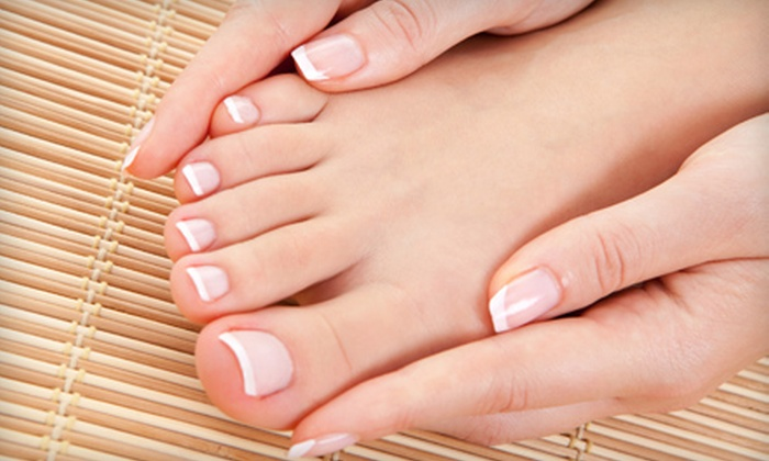 Gettin Polished - Oak Ridge: $19 for a Spa Manicure and Deluxe Pedicure from Gettin Polished in Oak Ridge