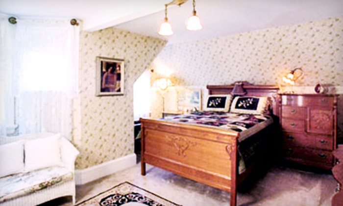 A Painted Lady - Irvington: $54 for a One-Night Stay for Two at A Painted Lady ($109 Value)
