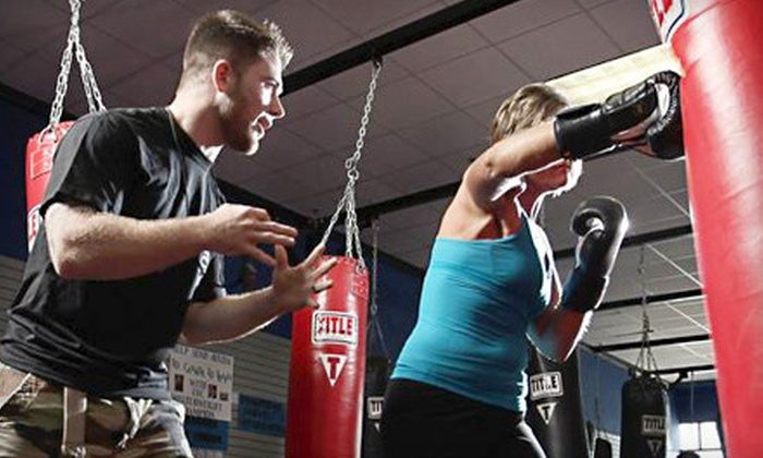 Memphis Fitness Kickboxing - Bartlett - Cordova: One Month of Unlimited Kickboxing Classes or Five Drop-in Classes at Memphis Fitness Kickboxing (Up to $69 Value)