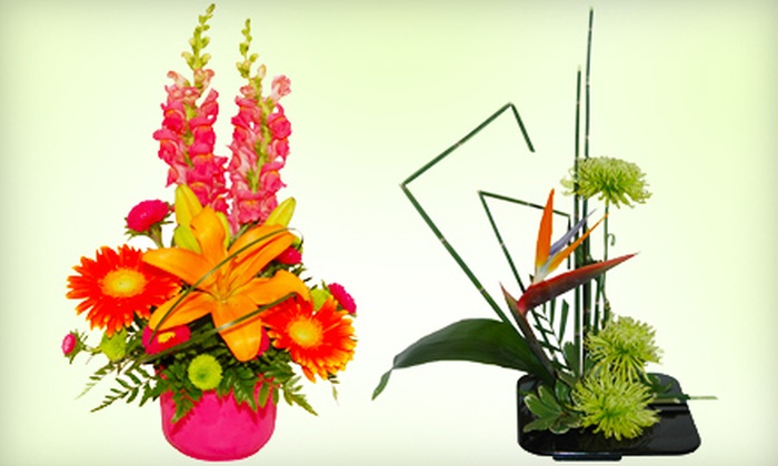 The Fresh Flower and Gift Basket Company - Byward Market - Parliament Hill: $25 for a Traditional or High Style Floral Arrangement at The Fresh Flower and Gift Basket Company ($50 Value)