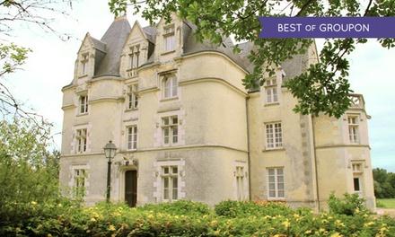 Vouillé : 1 à 3 nuits avec petit déjeuner et menus en option au Château de Périgny pour 2 personnes