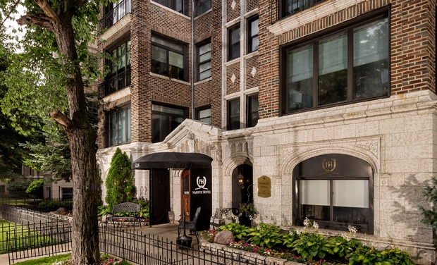 Majestic hotel groupon for Groupon chicago hotels