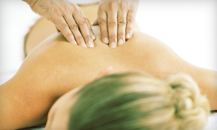Wat Po Thai Spa - Belmont: $55 for Massage, Foot Massage, Foot Scrub, and Aromatherapy at Wat Po Thai Spa in Belmont ($110 Value)