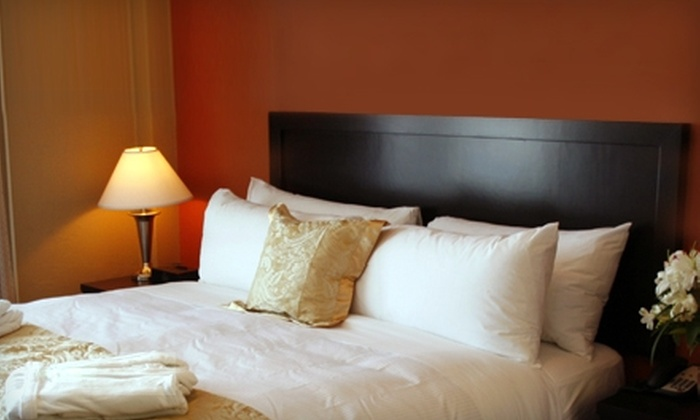 Hotel Rialto - Victoria: $215 for a Two-Night Romance Package at Hotel Rialto in Victoria, BC (Up to $428 Value)