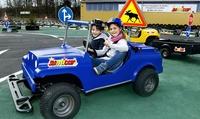 5er-Karte für Fahrten im Mini-Auto am Verkehrsübungsplatz für Kinder inkl. Softgetränk bei jumicar Hamburg (22% sparen*)