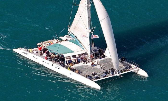 Mundo Marino Málaga - Mundo Marino Málaga: Excursión en catamarán con baño o barbacoa en alta mar desde 11,90 € con Mundo Marino Málaga